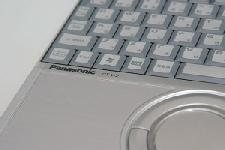 Panasonic Let's Note(レッツノート) CF-W2をSSD換装致しました。
